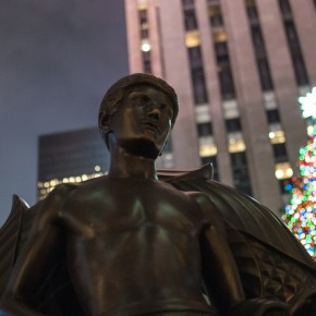 Prometheus «Jugend» vor dem Rockefeller Center in New York